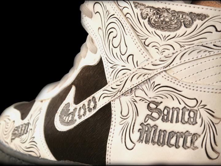 Nike Dunk High Santa Muerte (modèle customisé)