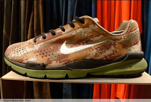 Nike Air Moire Camo