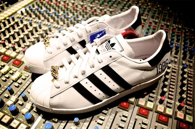adidas superstar run dmc