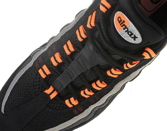 Nike Air Max 95 Halloween