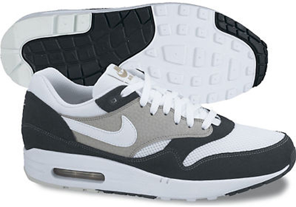 air max 1 black white