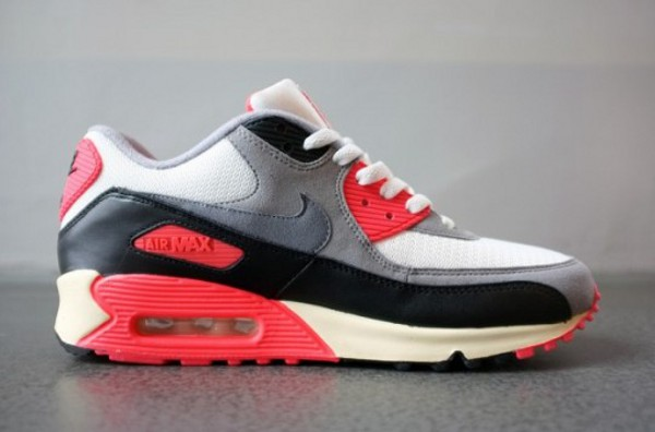 Nike Air Max 90 Infrared Flyknit 2013