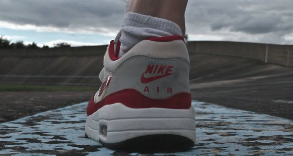 Tribute To Air Max 1 – 1987/2012 – She did it !