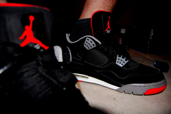 Air Jordan 4 Bred photo