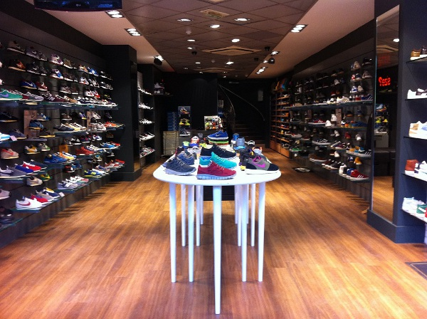 Size? boutique sneakers et streetwear Paris
