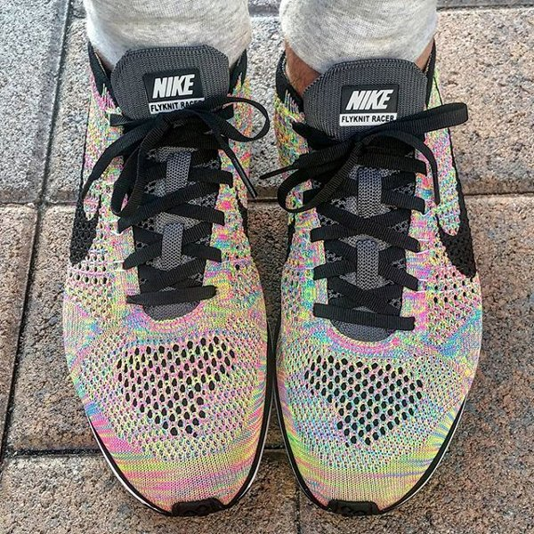 brand new 74655 e9901 Nike Flyknit Racer Multicolor Grey Tongue