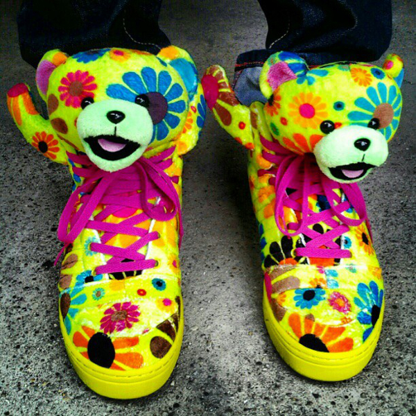 sneakers à fleurs