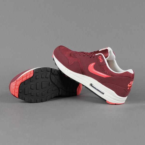 Nike Air Max 1 Camo