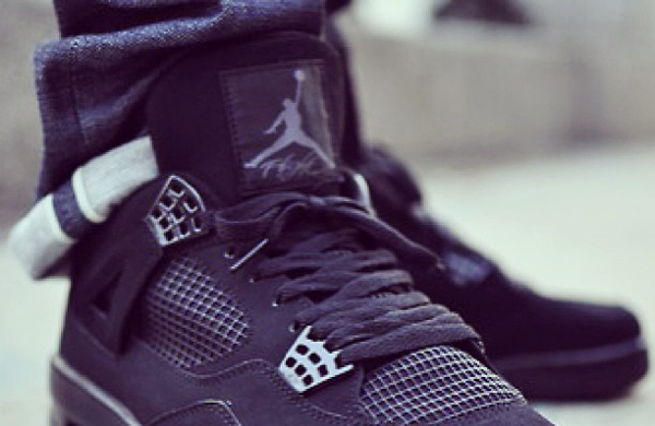 Air Jordan 4 Black Cat par Beja (14.10.2013)