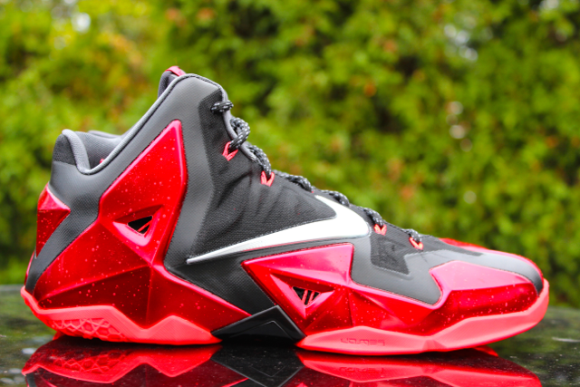 nike lebron 11 away