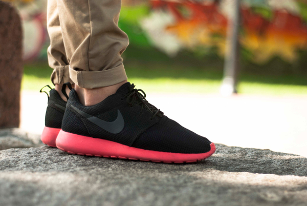 Trainers Shoes Uk Nike Roshe Run Mens Vip Discount International Brand Nike Sport Hong Kong