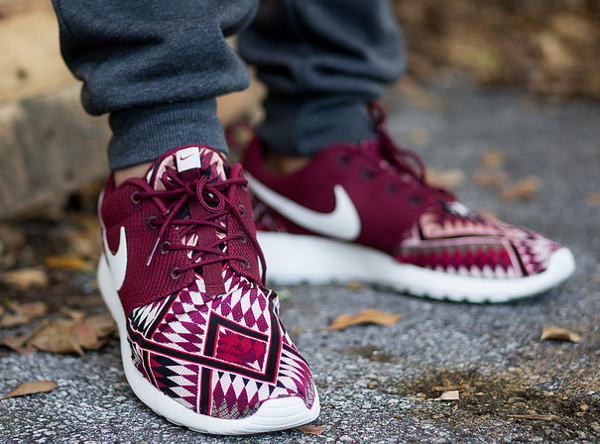 Nike Roshe Run Red Native