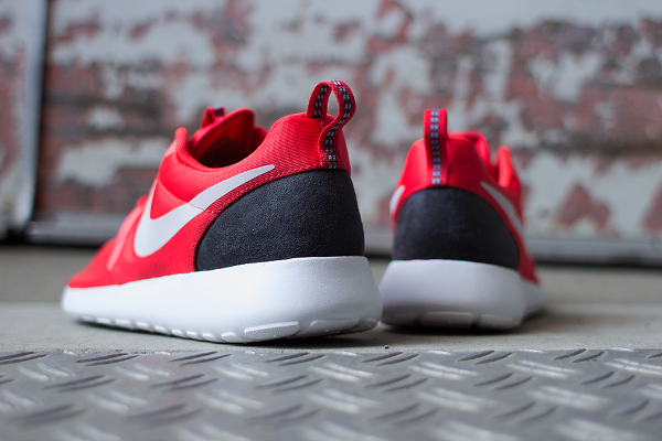 rosh run rouge nike