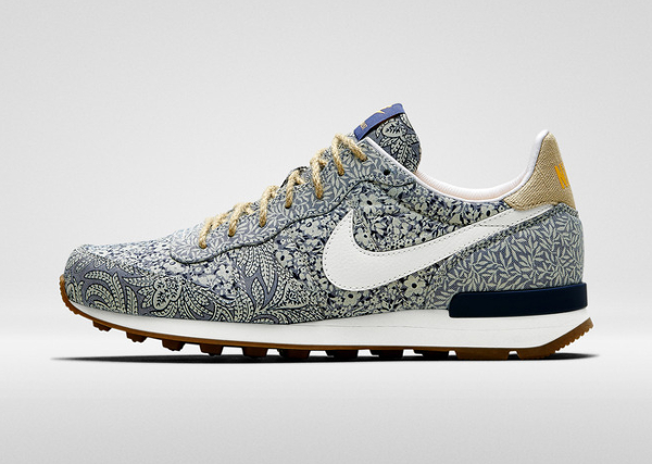 nike internationalist femme liberty