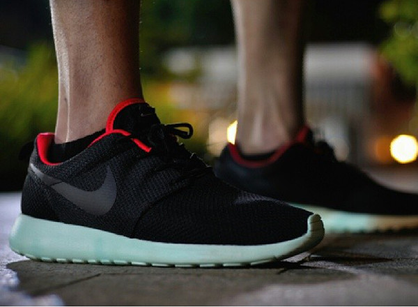 yeezy roshes