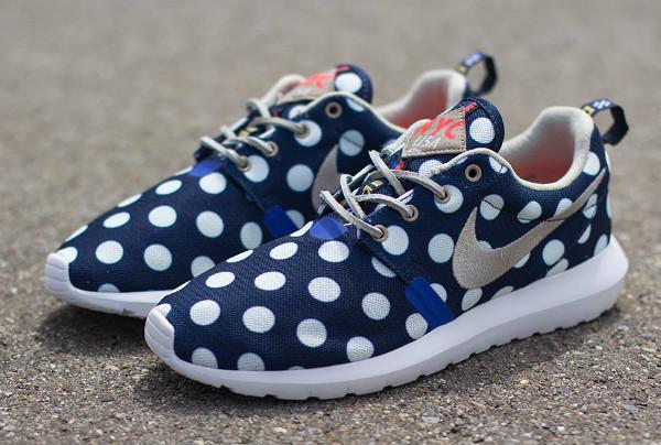 Nike Roshe Run Pois