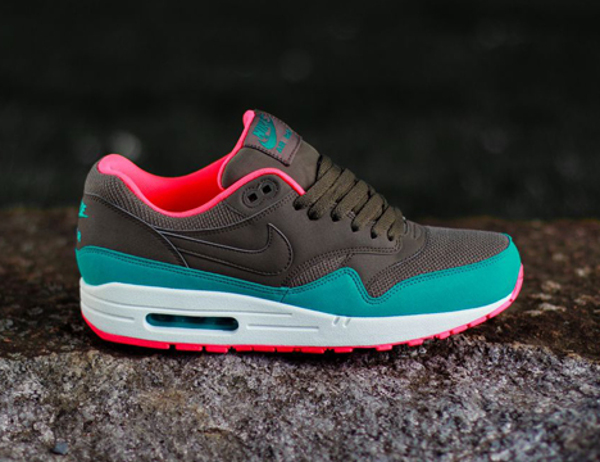 Nike Air Max 1 Essential DARK DUNE  CATALINA (2)