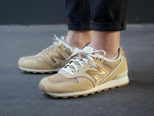 new balance femme beige et or