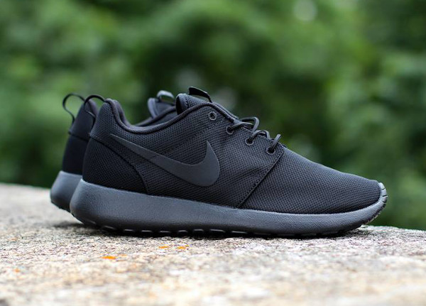 hohje Nike Roshe Run 'Triple Black'-3