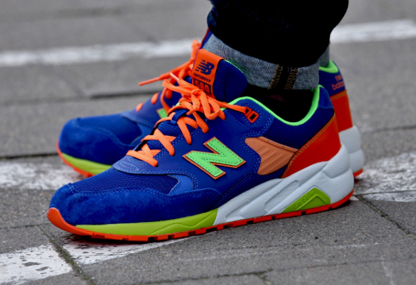 New Balance Bleu Et Orange Fluo