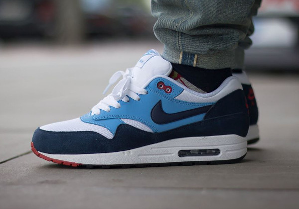 air max 1 essential rouge bleu