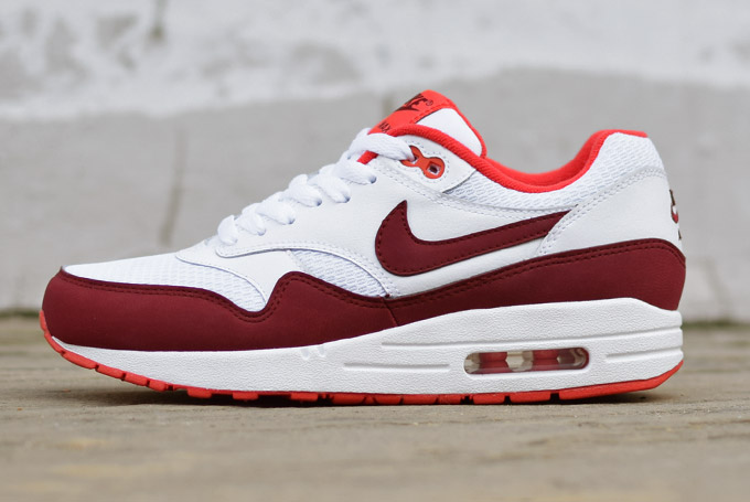 Nike Air Max 1 Red White