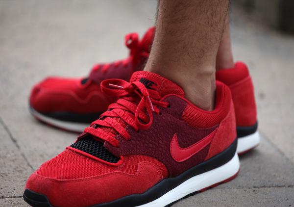 Nike Air Safari «Team & Gym Red»