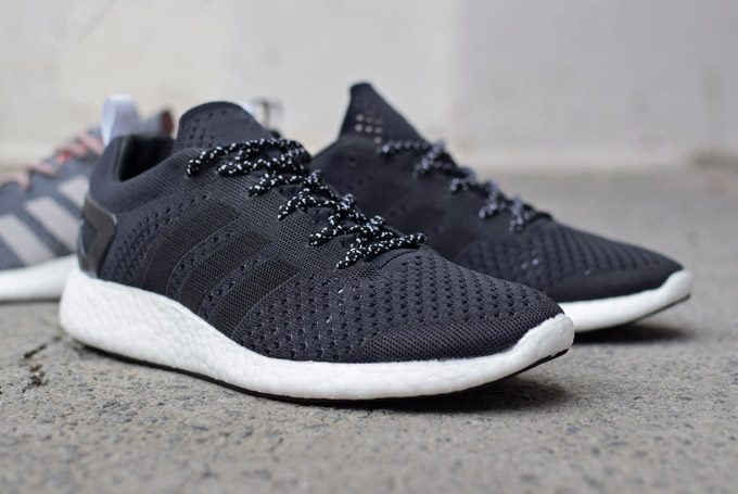 pure boost 2 black