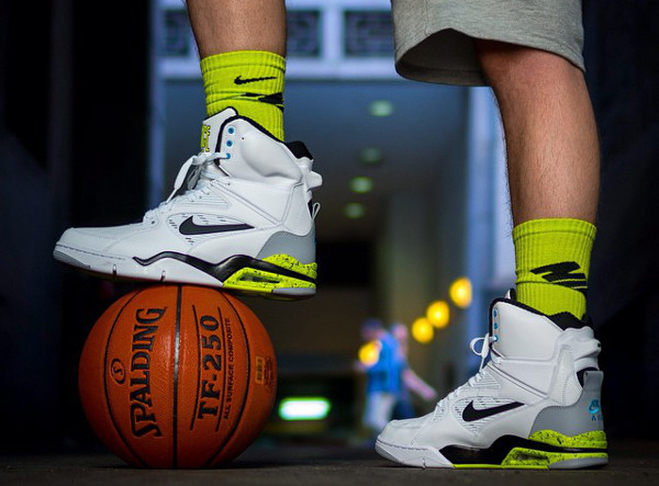 Nike Air Command Force (White/Black/Wolf Grey/Volt)