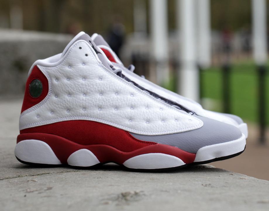 Air Jordan 13 Retro (White/True Red/Cement Grey) post image