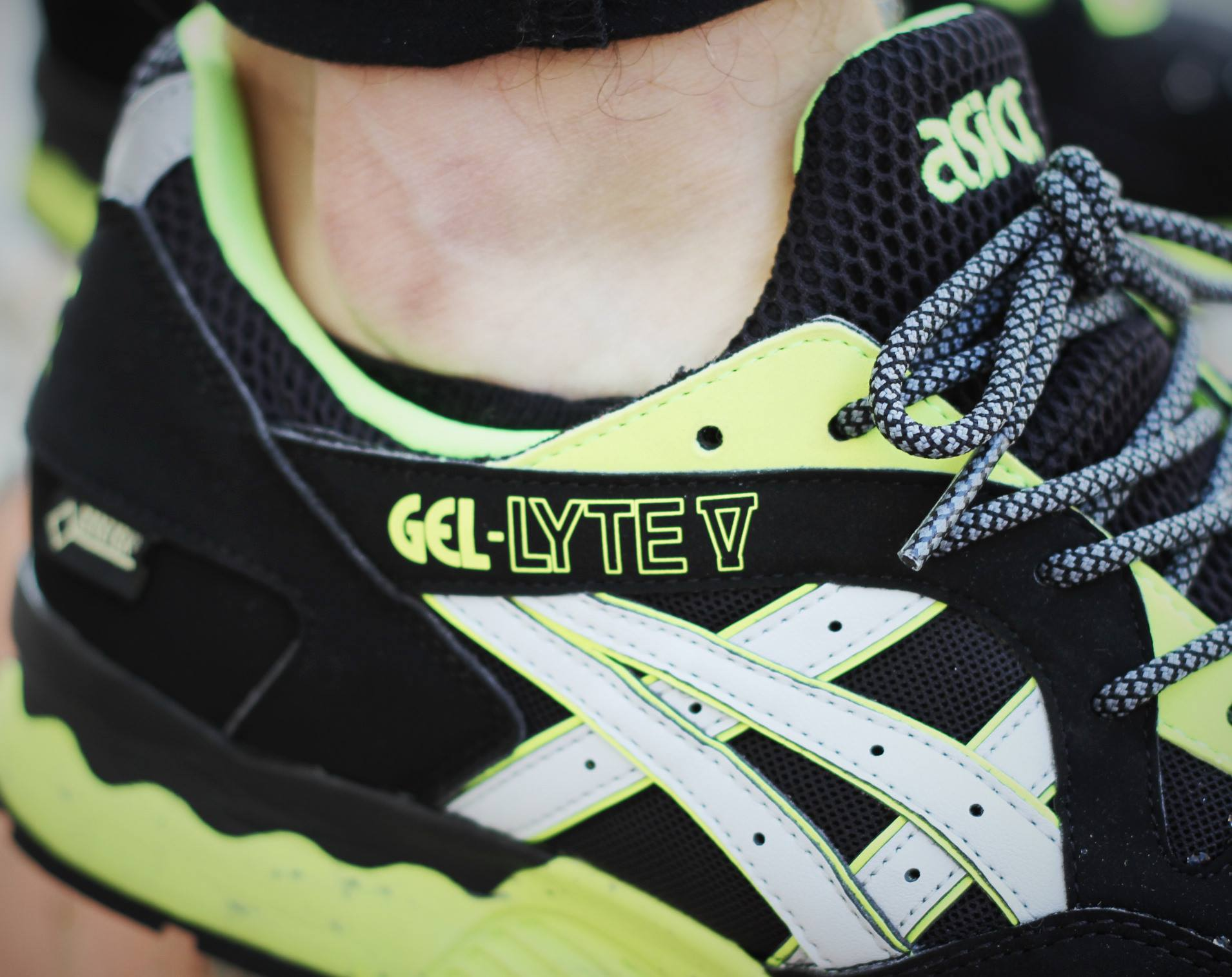 asics gel lyte black friday