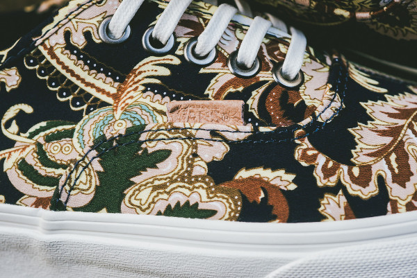 Vans Authentic California « Royal Paisley »