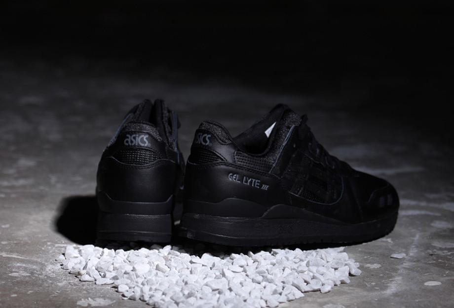 Asics All Black