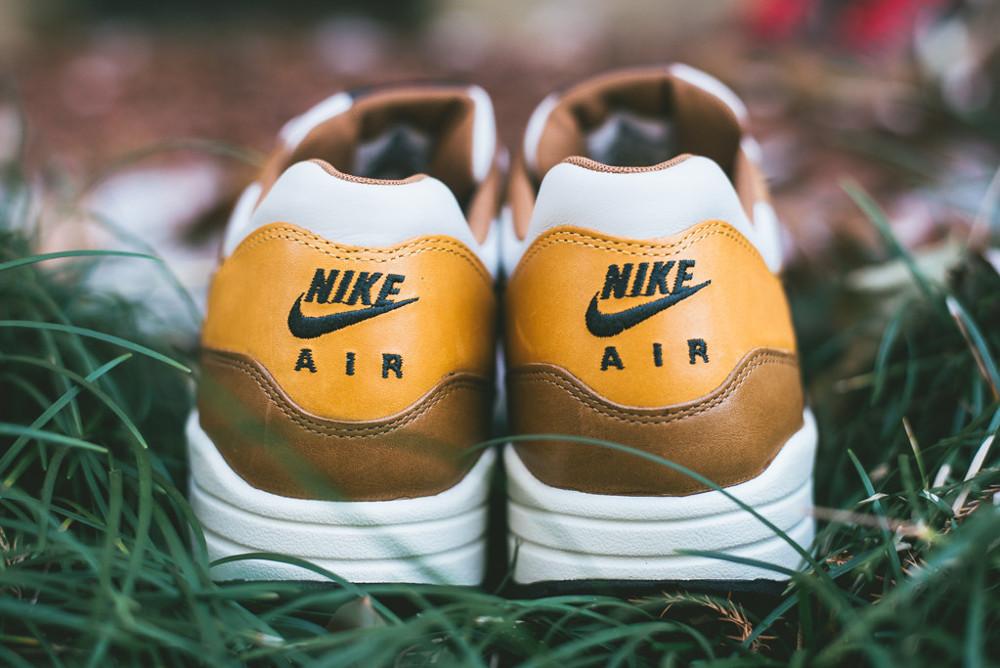 Nike Air Max 1 Escape QS (1)