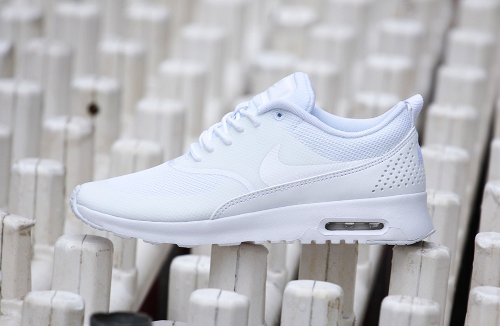 Nike Air Max Thea Triple Blanc