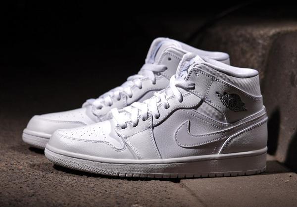 Air Jordan 1 Mid (White/Cool Grey) post image