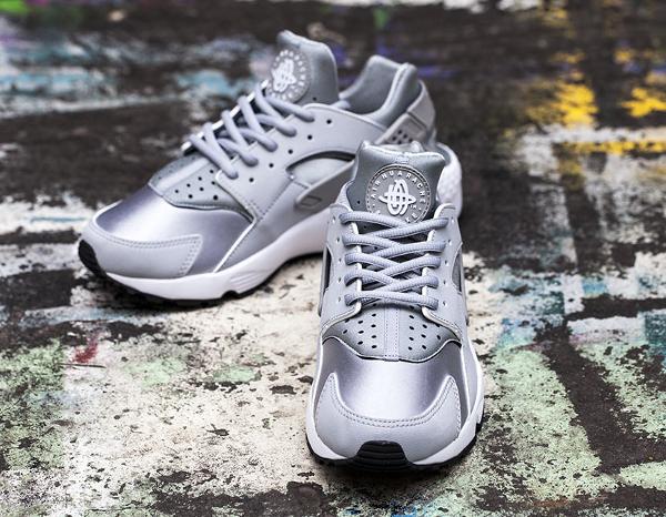 Nike Air Huarache White Wolf Grey (gris) (4)