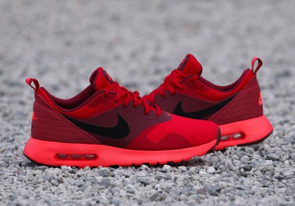 Nike Air Max Tavas Rouge