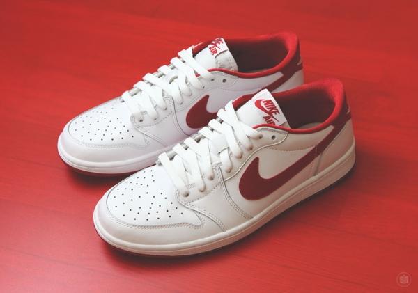 Air Jordan 1 Low OG White/Varsity Red/White post image