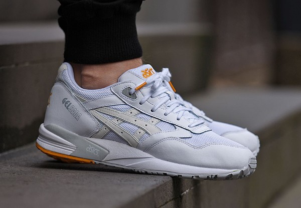asics blanche fille