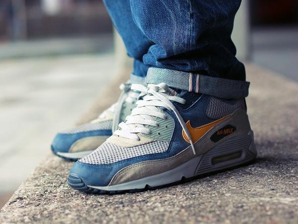 Nike Air Max 90 Gold Leaf