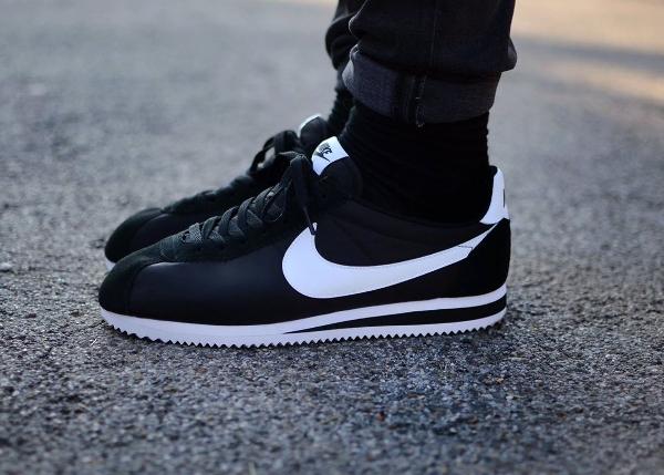 Nike Cortez Noir Rose