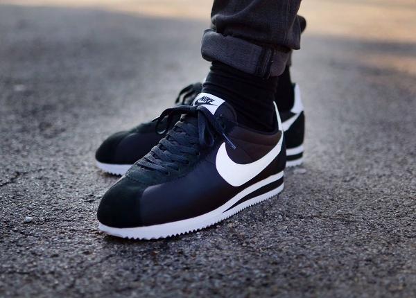 Nike Cortez Femme Noir Et Blanc