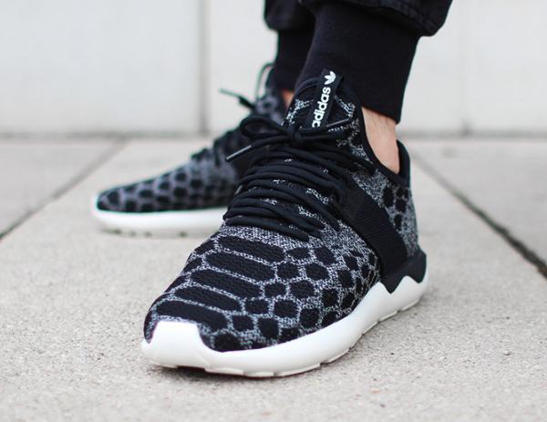 adidas originals tubular runner snake primeknit