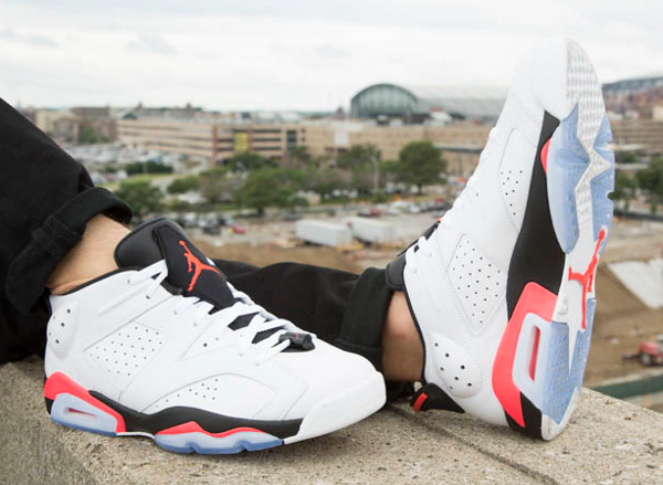 Air Jordan 6 Retro Low Infrared aux pieds (5)