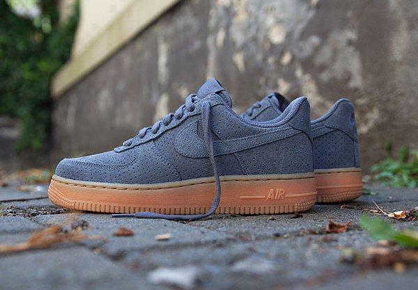 Nike Air Force 1 07 Suede Gris