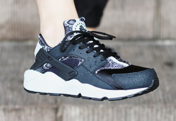 Nike Air Huarache Black Platinum Snake (imprimé serpent) (1)