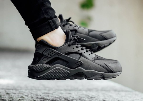 reputable site 882e3 4e8a0 air huarache triple black foot locker