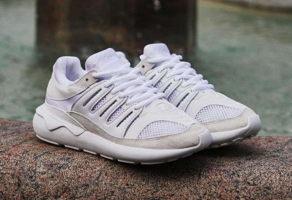 Adidas Tubular Runner Blanche jas