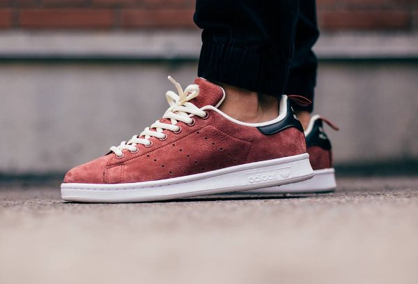adidas stan smith suede rust red white sneakers actus. Black Bedroom Furniture Sets. Home Design Ideas